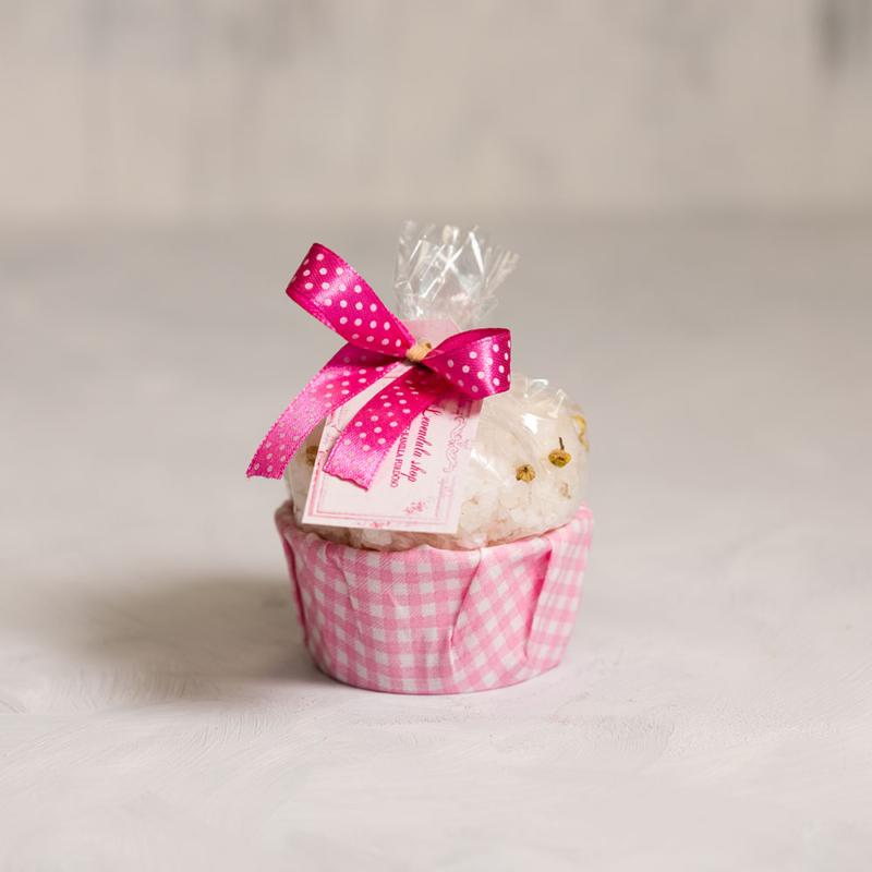 Hibiszkusz-kamilla fürdősó muffin
